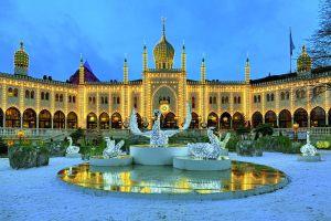 copenhague-jardins-tivoli-50972802-cdt-mikhail-markovskiy-123rf.com_