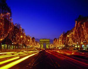 paris-55814314_-cdt-toru-endo-123rf.com_